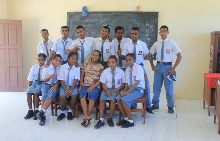Perpisahan Kelas 12 SMAN 10 Urbinasopen